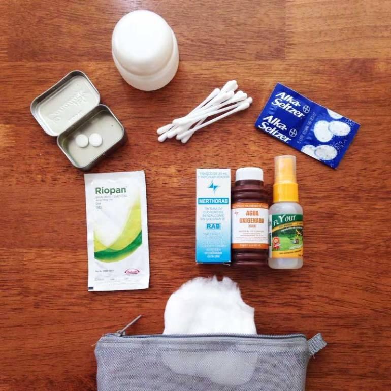 Kit de primeros auxilios para viajar